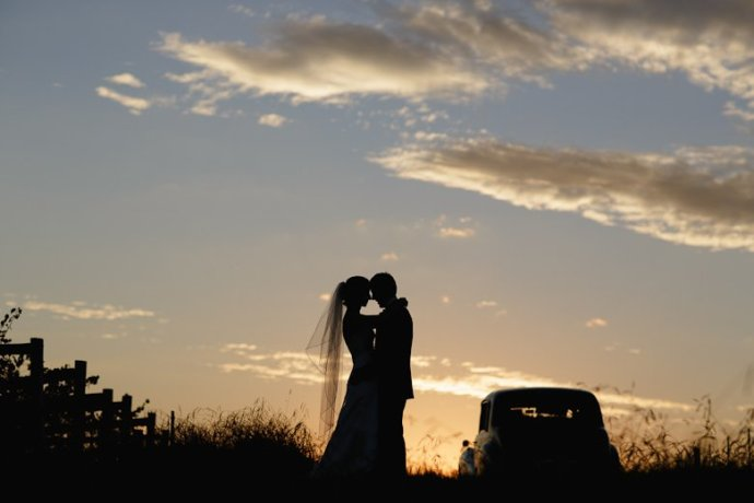 sunset portrait, yarra valley wedding