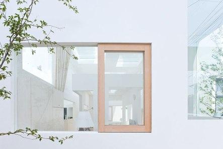 249401887_house-n-fujimoto-4969