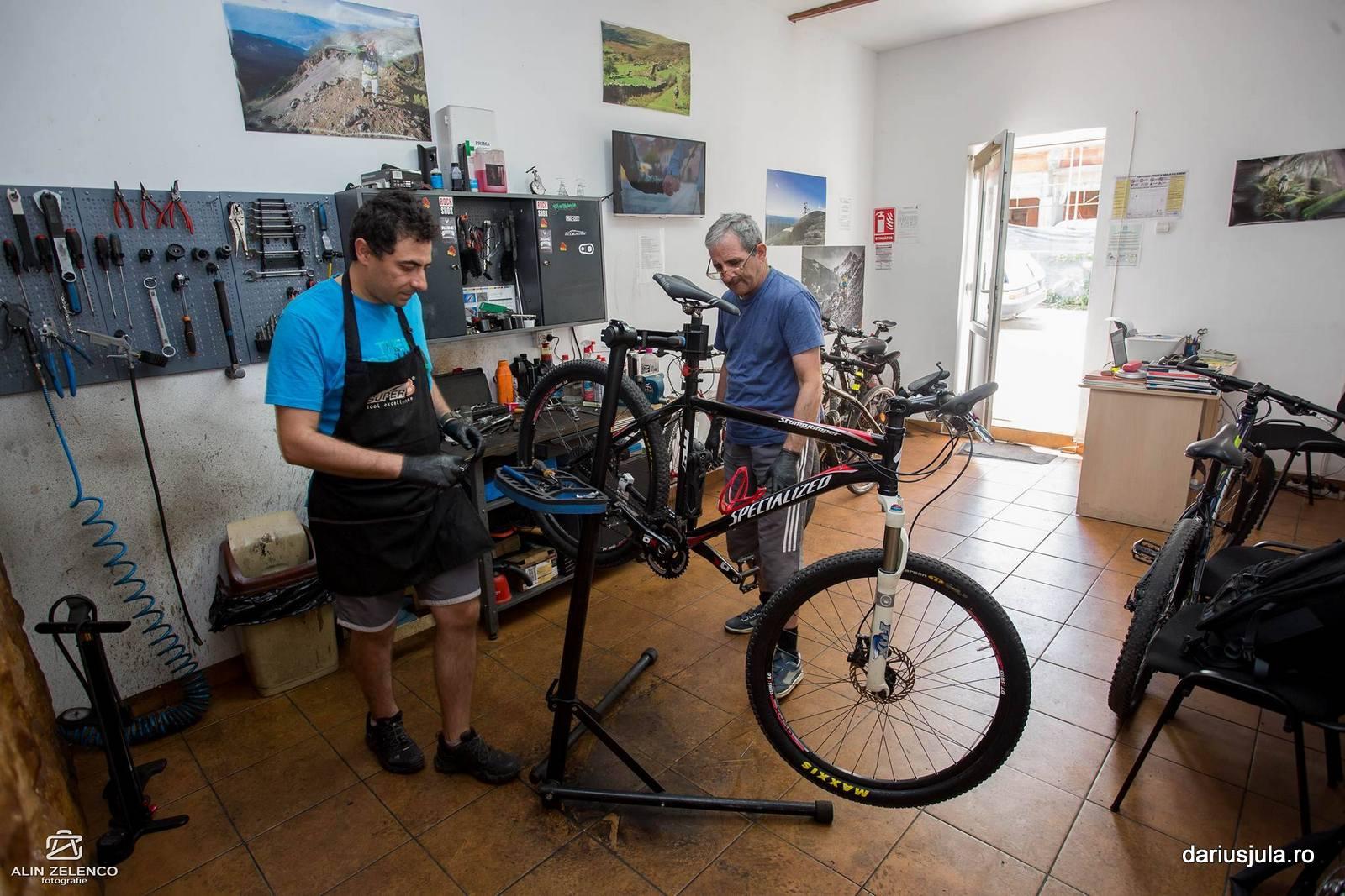 Bike-Repair-Shop-Timisoara (1)