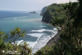 Looking down into Pololu Valley from the trail