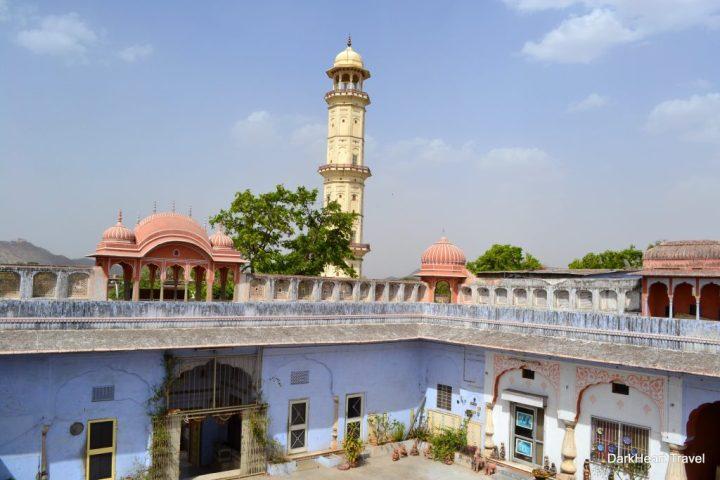 Jaipur temple courtyard blue
