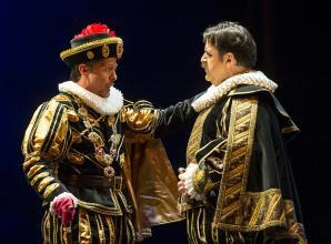 Alexander as Filippo ll and Fabián Veloz as Rodrigo
