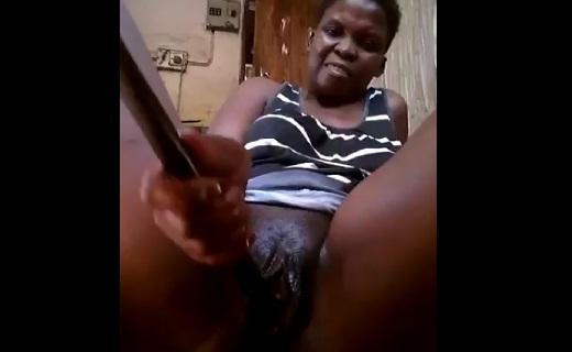 Watch What This Sunyani Lady Is Using To Masturbate