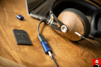 audioquest-dragonfly-cobalt-11