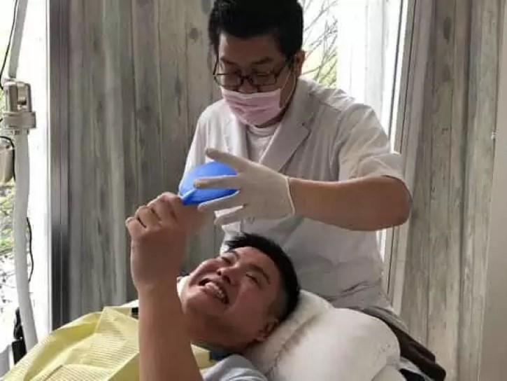 スターホワイトニング 歯の色チェック