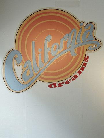 California-Dreams-veggmaleri-Tegnerforbundet-2006