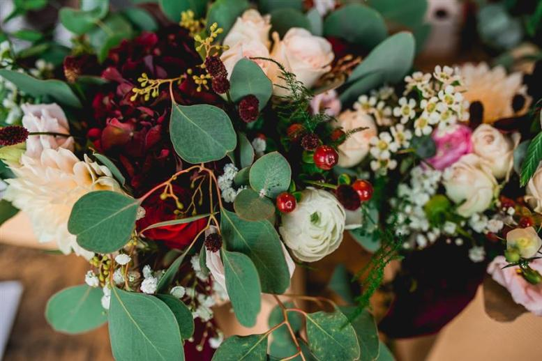 bridal-bouquet-darling-buds-flowers
