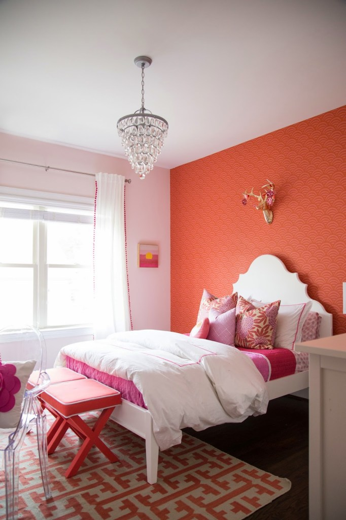 Tween Girl Bedroom : Pink + Coral