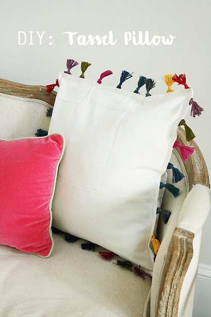 diy tassel pillow, anthropologie inspired, ikea hack, pillow tassel, bohemian