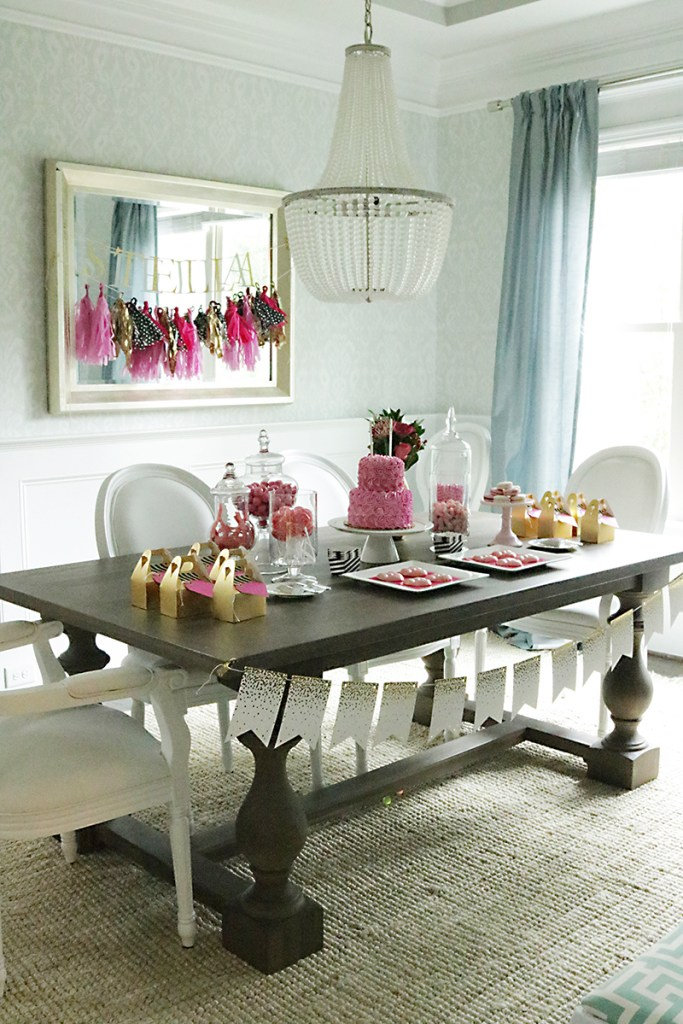 pink-gold-birthday-table