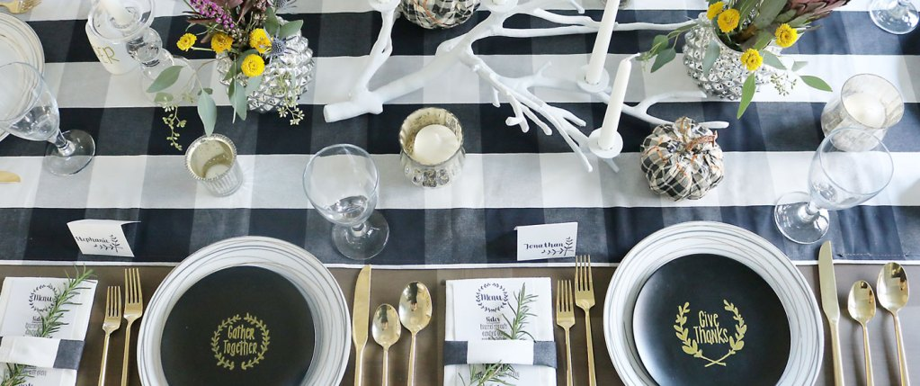 Simple Thanksgiving Table Setting Decorations: Mad for Plaid and Printables