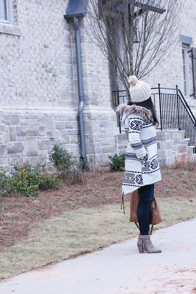 bb-dakota-winter-coat-backside