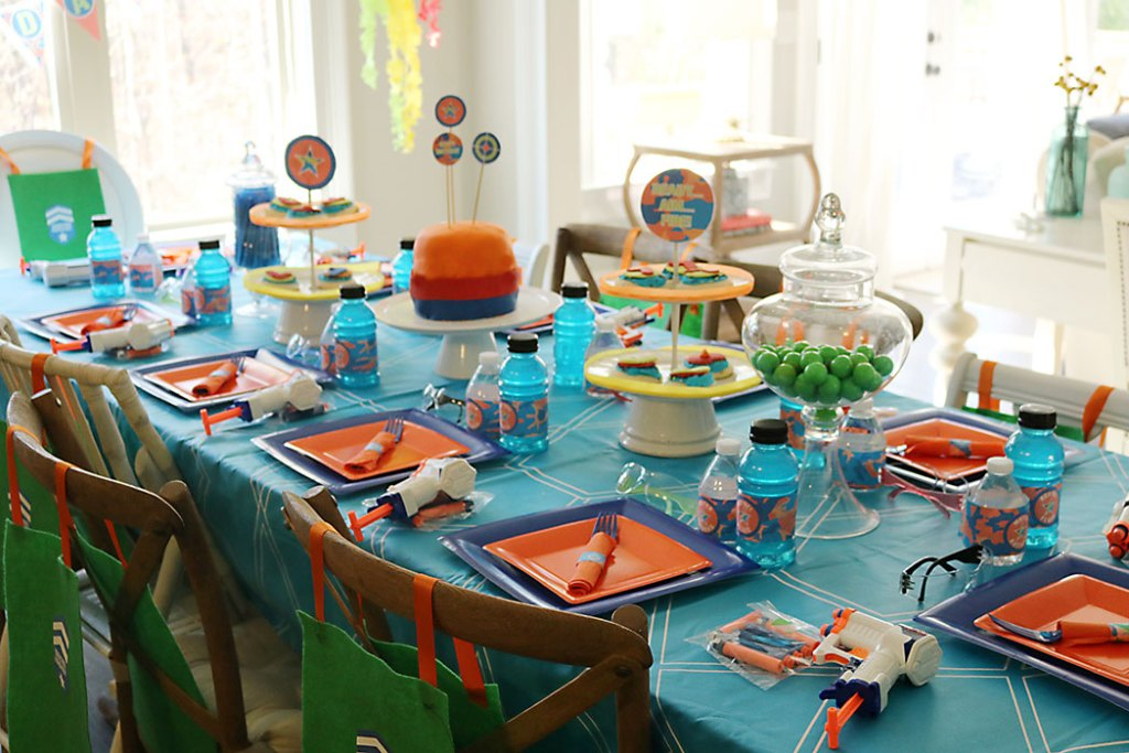 nerf-gun-birthday-party-table-ideas