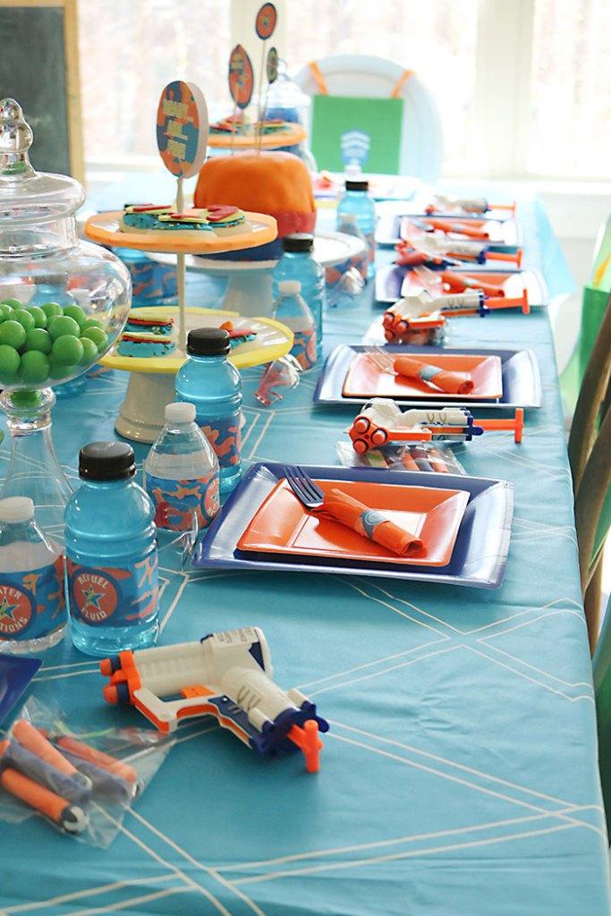 ... nerf-gun-birthday-party-table ...
