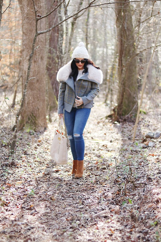 plaid-fur-coat-and-brown-booties mutze white winter hat, brown suede booties