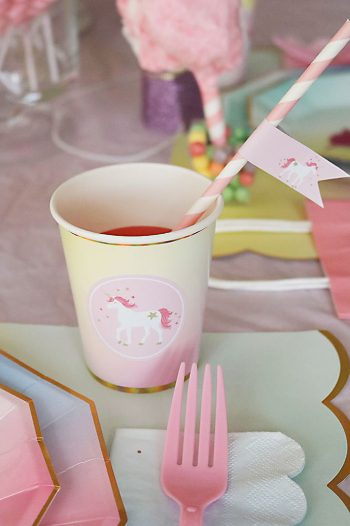 Unicorn Straw Flags from Free Unicorn Printables via Mandy's Party Printables