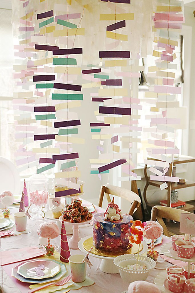 unicorn-birthday-party-streamers