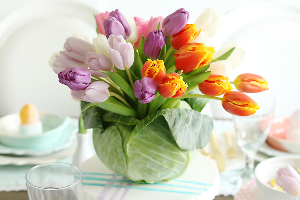 Tulip-Cabbage-Flower-Arrangment-for-Easter, diy cabbage flower centerpiece, easter table centerpiece