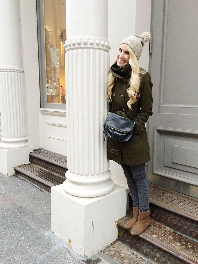 army-green-winter-coat-mutze-hat