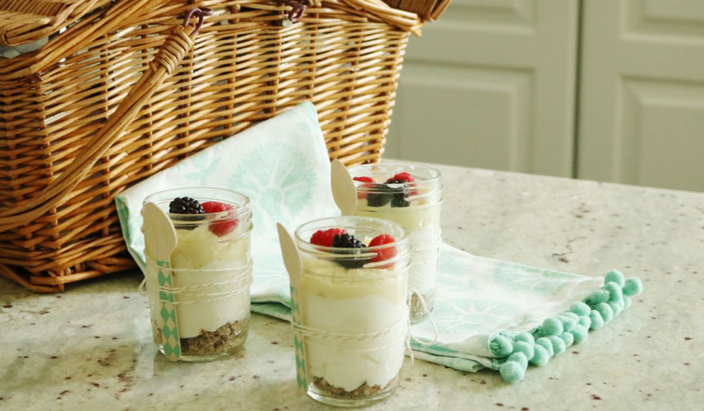 Healthy Lemon Curd Cheesecake in a Jar