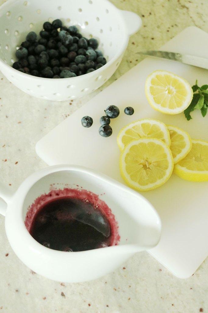 blueberry-lemonade-syrup