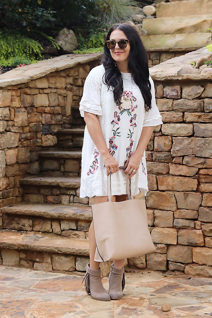 bohemian-dress-with-boots