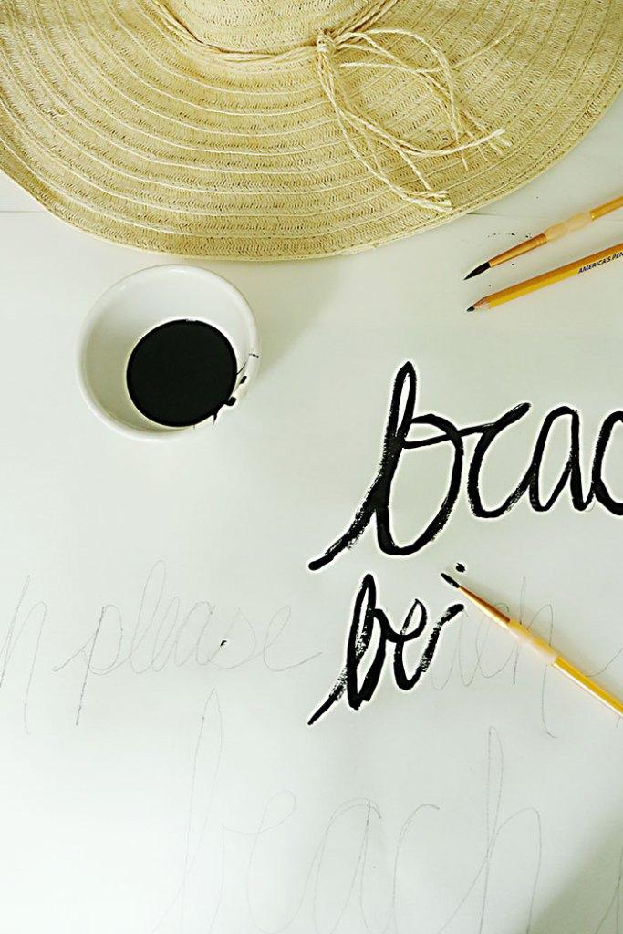 diy-word-script-beach-hat-painting
