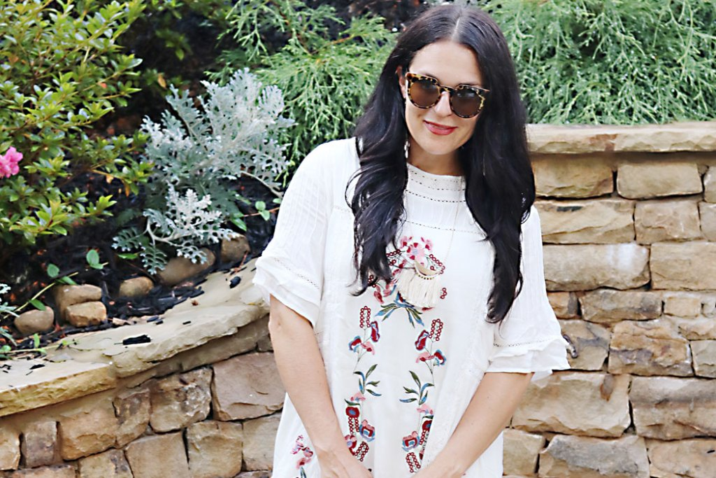 white-dress-embrodiery-dress