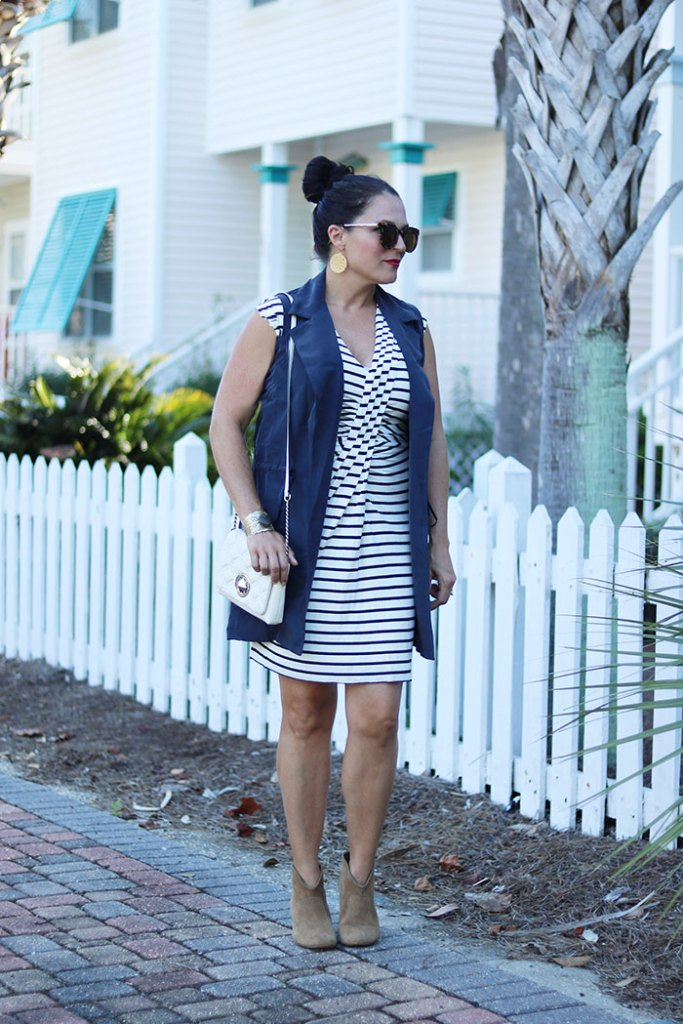 transitional-pieces-for-fall, transitioning summer to fall outfit, transitional wardrobe, fall wardrobe, black and white striped dress, summer dress, cardigan, dress with booties
