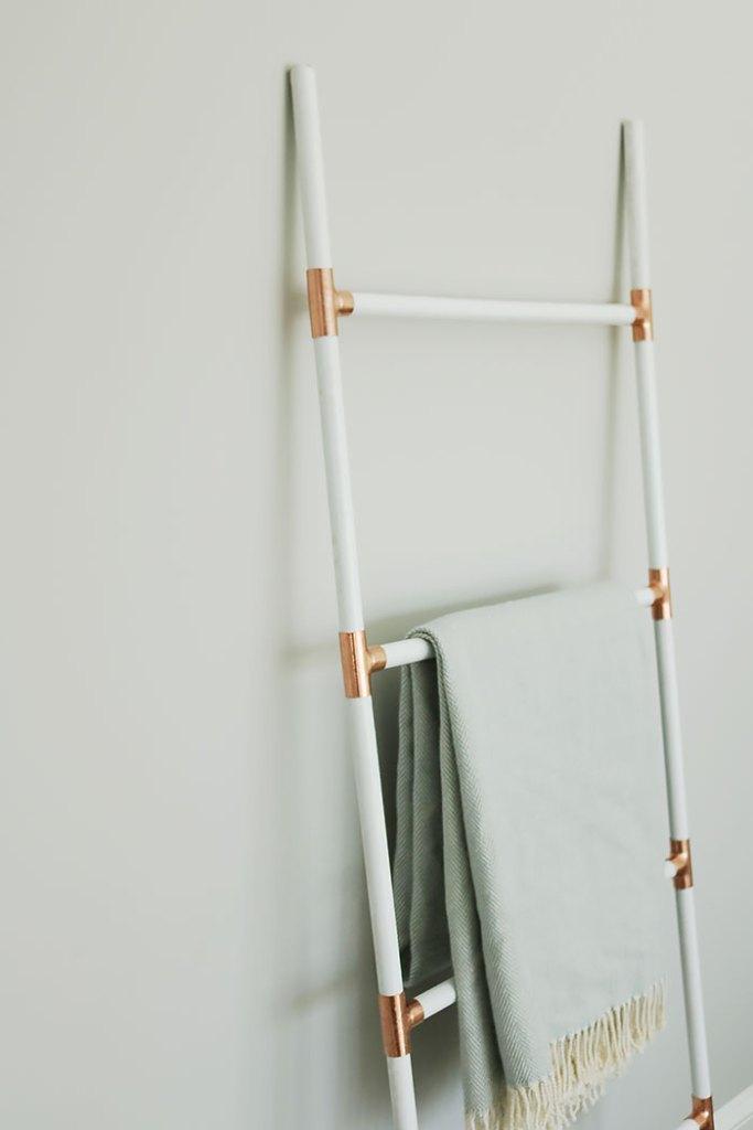 Diy Modern Blanket Ladder Darling Darleen A Lifestyle