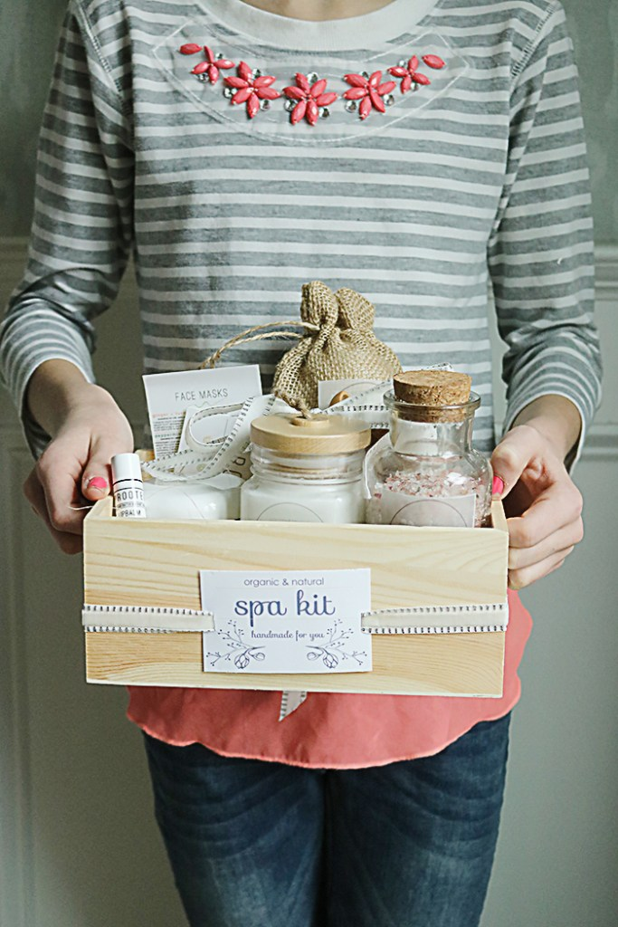 spa kit with recipes and printables, organic and natural bath products, homemade bath salts, bath bombs diy, floral bath salts, rose body scrub, lavender body butter, herbs and dried flower, spa gift, uprooted skin care facial masks, all natural organic and raw