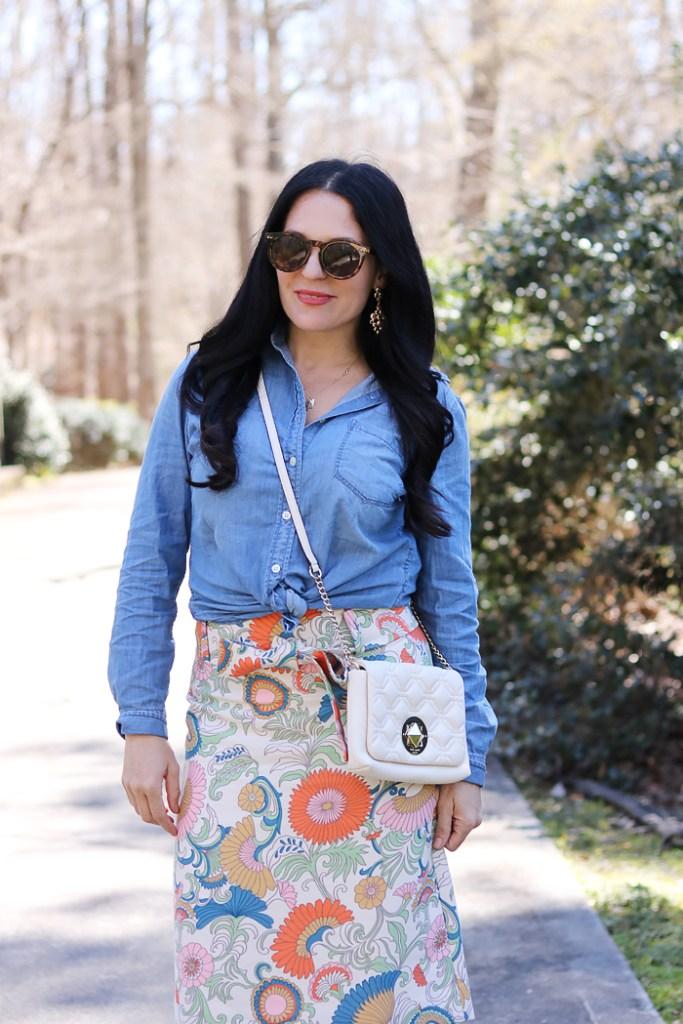best spring floral skirts, spring floral skirts this season, spring fashion, j.crew, banana republic, kate spade quilted bag, spring fashion 2017, chambray shirt and floral skirt