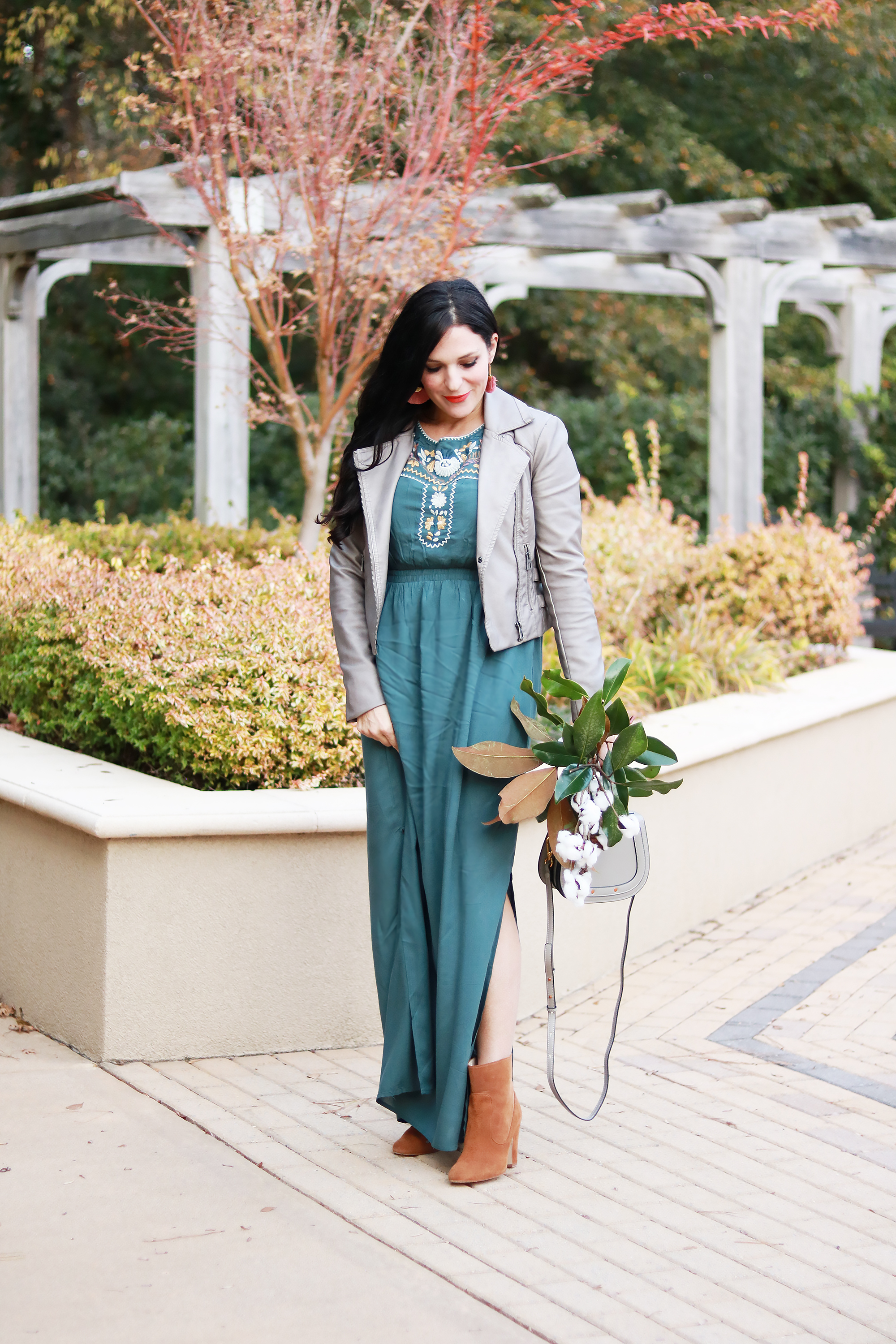 the best of Black Friday 2017, Black Friday sales, Black Friday promotions, darleen Meier jewelry discounts, pink desert discount, sales and deals, long dress winter outfit styling