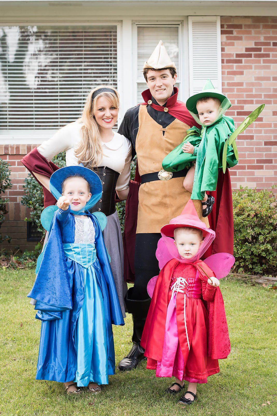 Best Halloween Costumes for Family and Kids, Sleeping Beauty Family Theme with Fairies kid costume, Best Homemade Costumes || Darling Darleen