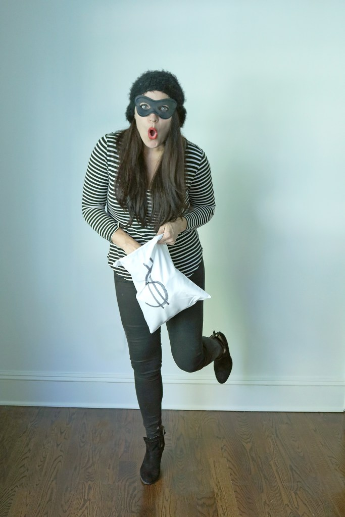 Grab Your Favorite Black and White Stripe Shirt for These 4 Easy Black and White Stripe Costume Ideas, mime costume, robber burglar costume || Darling Darleen