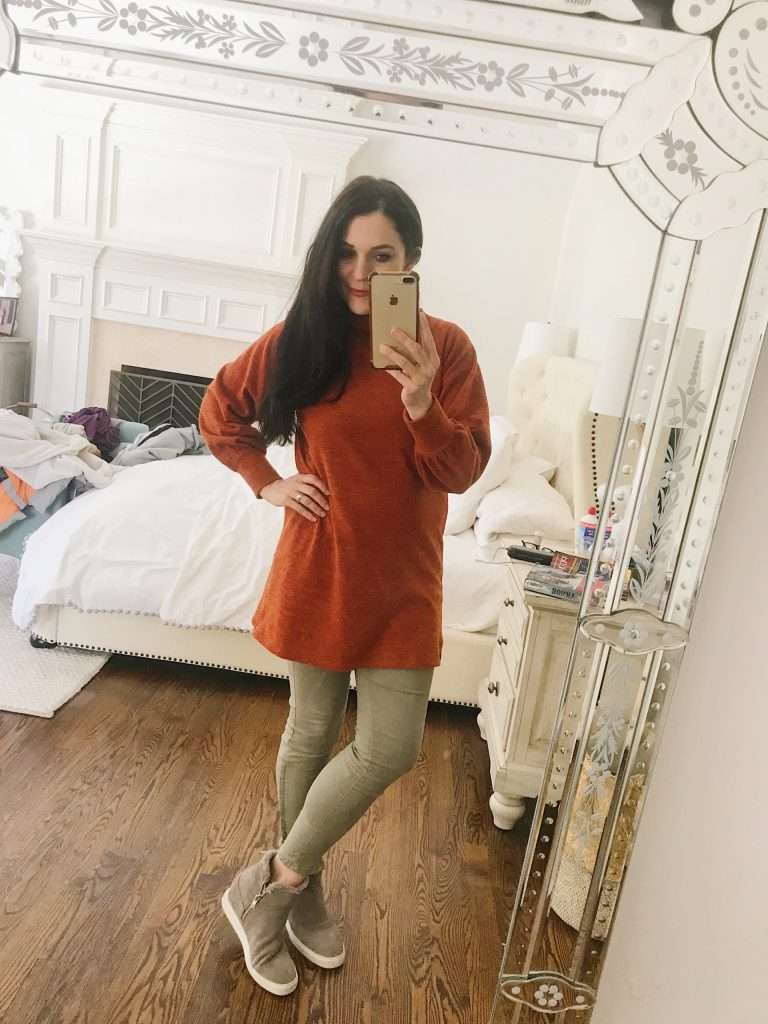 Stock up on some of the best winter sales going on right now and wear the items into spring!  || Darling Darleen Top Connecticut Lifestyle Blogger #darlingdarleen #darleenmeier #wintertospring