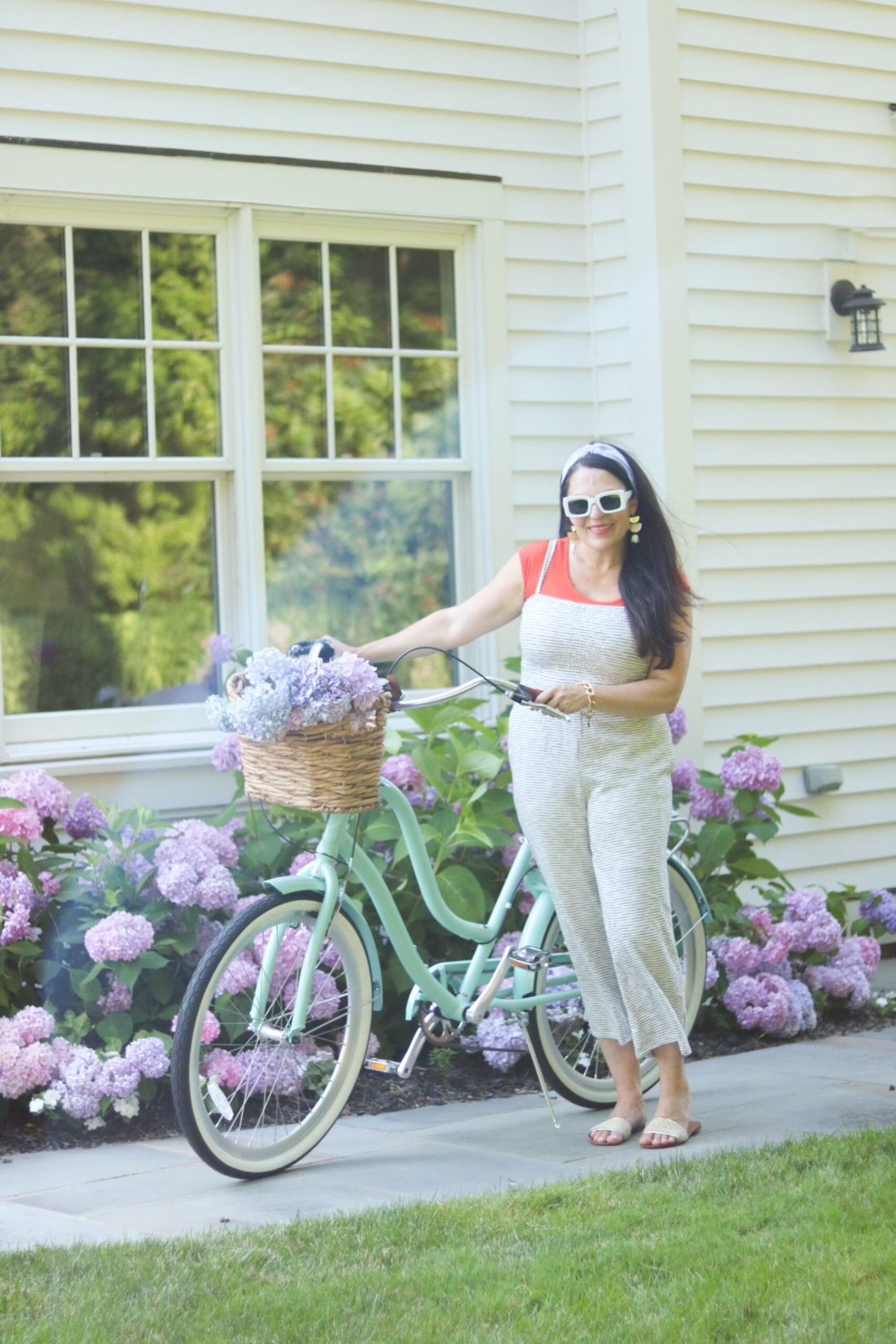 3 favorite simple summer activities that we like to do as a family and is budget friendly will create lasting memories. || DARLING darleen Top CT Lifestyle Blogger