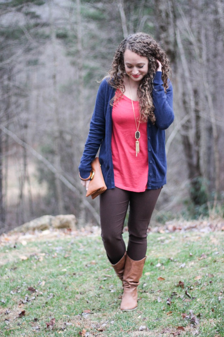 Warm colored outfit for fall weather