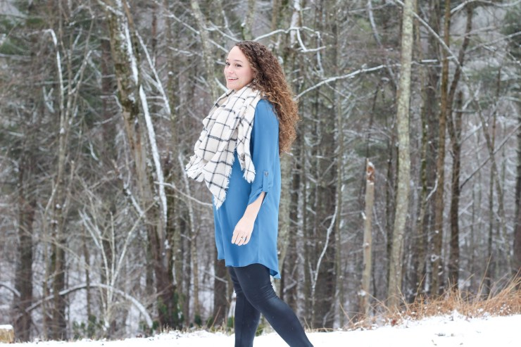 teal shift dress, grid pattern scarf, faux fur scarf, faux leather leggings, black booties
