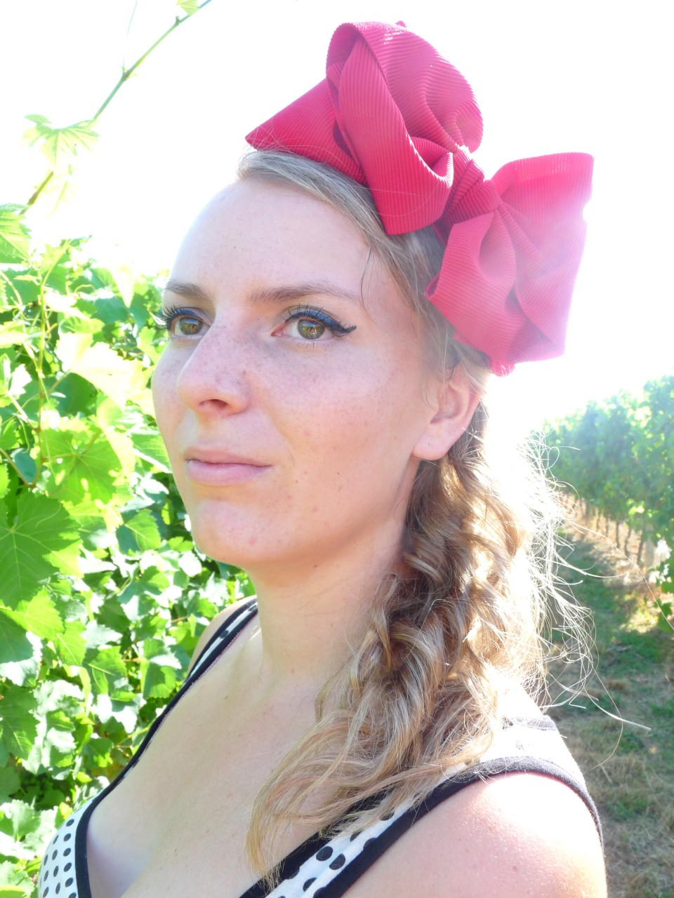 Gers, vin, vignoble, vigne, fashion, ruban rouge, serre tete, headband, noeud,sac mango7