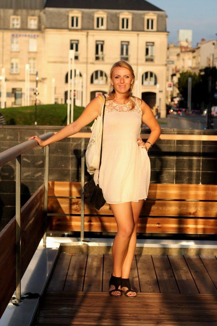 robe rose pale dentelle plumetis vero moda starbuck, paulette magazine ambassadrice tote bag mango sac 6