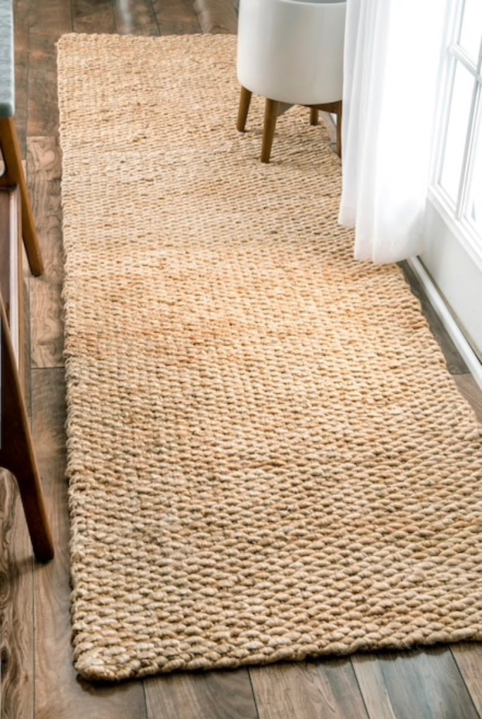 Tips to spruce up an entryway -DarlingSouth.com