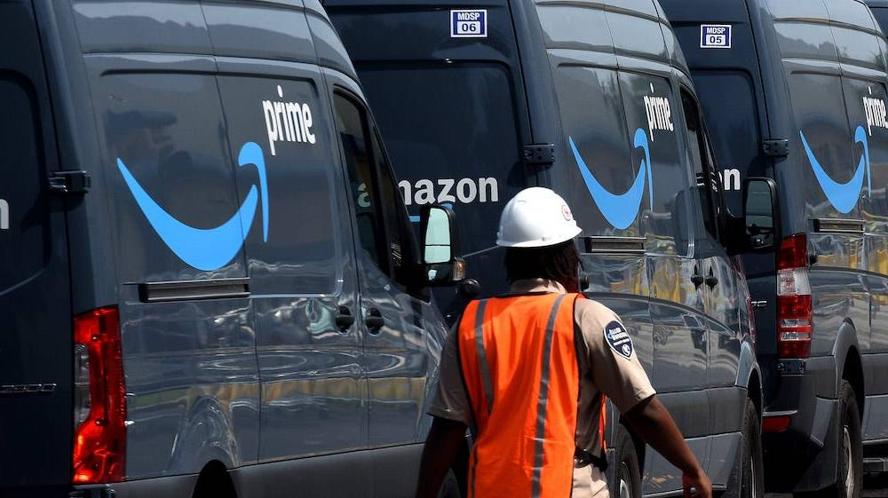 Drivers delivering Amazon packages reportedly got in more than 60 crashes since 2015, resulting in serious injuries and 13 deaths, as the company prioritized faster deliveries