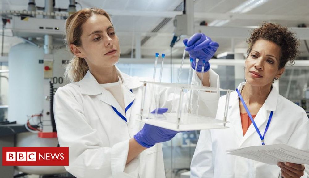 Global Talent visa: New system to keep UK 'open to talented scientists'