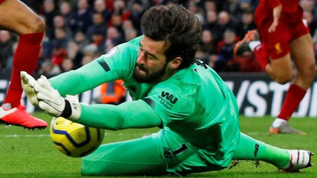 Sport Liverpool's Alisson out of Bournemouth game with hip injury