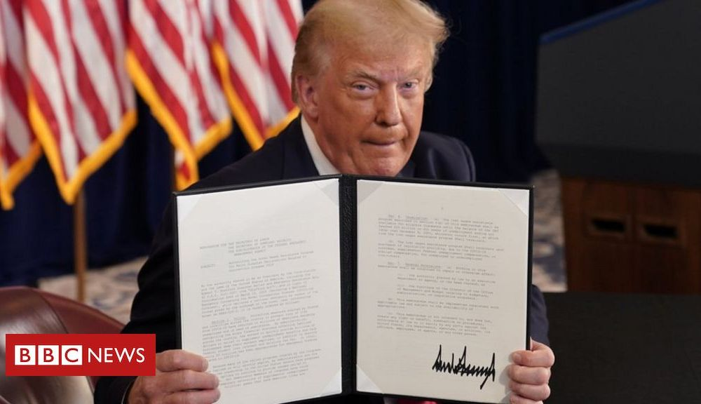 Trump Coronavirus: Trump signs relief order after talks at Congress collapse