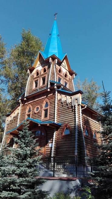 Tomsk's characteristic wooden architecture