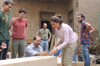 Constructing the hydroponic beds for Mish Medrasa's Green Roof