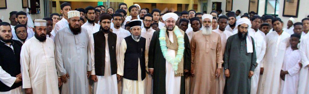 Al-Sheikh Al-Sayyid Afeefuddin Al-Jailani visited the Darul Uloom Pretoria in April 2016.