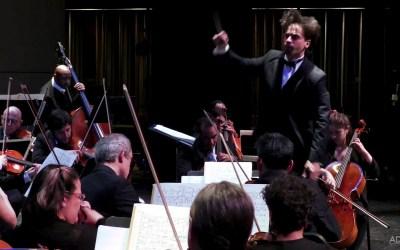 Darwin conducts a New York premiere of Latinx modern music